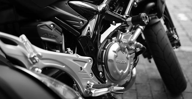 motorka, suzuki