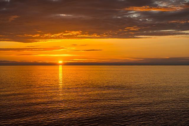 moře, mraky, západ slunce